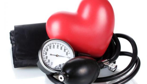 Todo lo que hay que saber de la hipertensión: signos, diagnóstico, cifras y factores de riesgo
